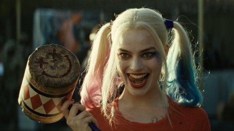 Margot Robbie como Arlequina em Esquadrão Suicida